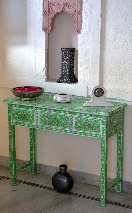 Green Mother of Pearl Dressing Table : Iris Furnishing